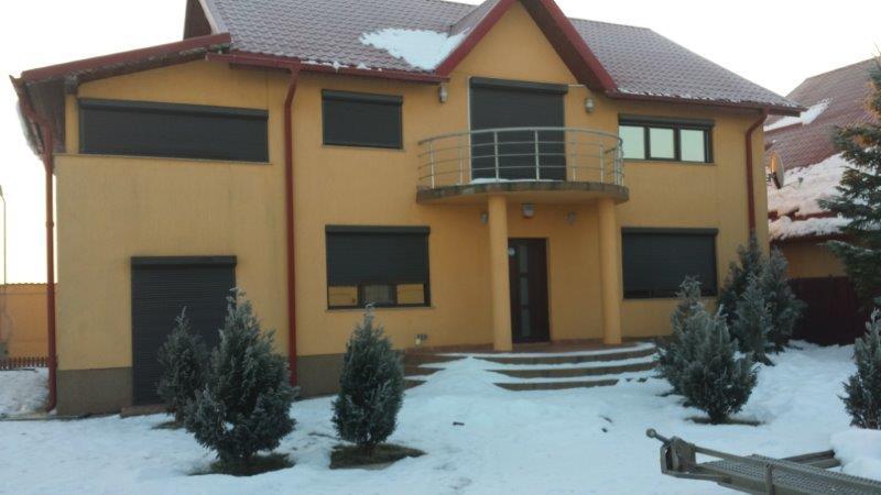 Vila Peris - vila exterior 1