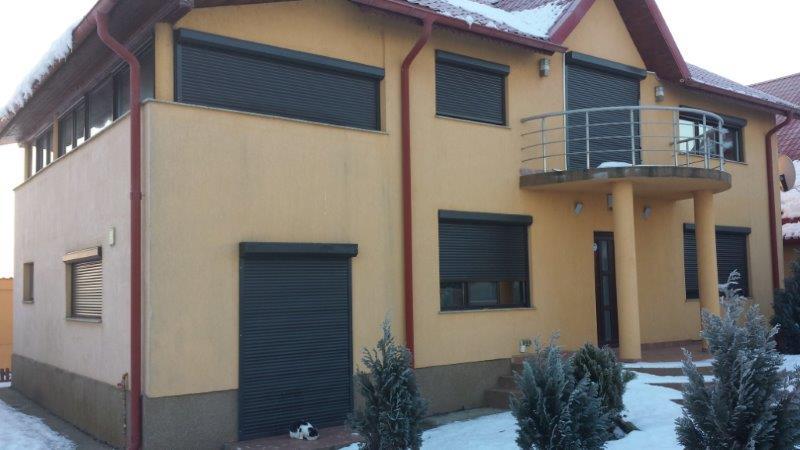 Vila Peris - vila exterior 2